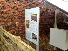 Aluminium sign with channel and clips, mounted onto aluminium posts